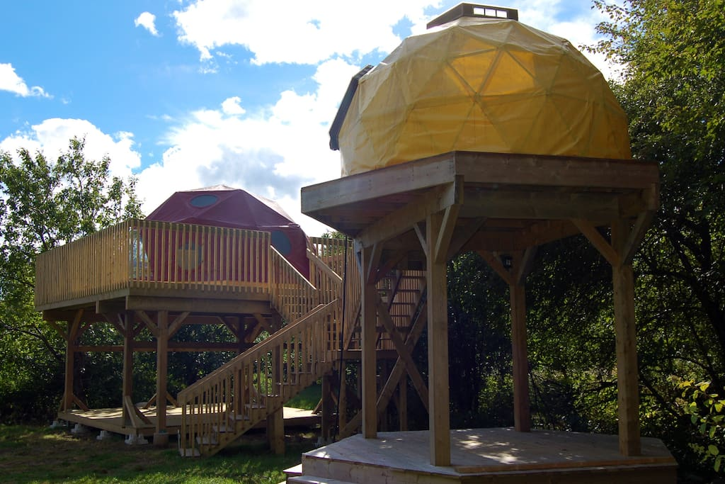 It sits on a treehouse deck in the apple orchard.