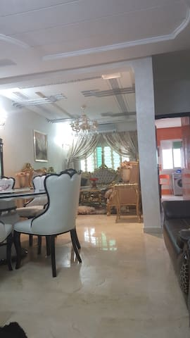 Appartement de 100 m2 tout équipé - Fès - Apartment