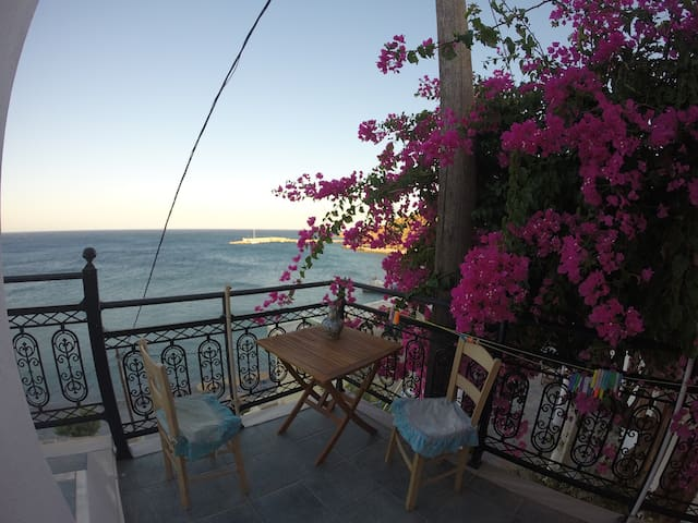 Little House on The Beach - Διαφάνι - Casa