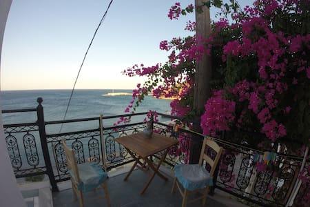 Little House on The Beach - Διαφάνι - Hus