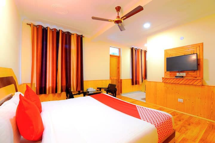 Deluxe room with Balcony - Pause at Manali