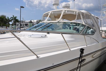 Luxury 37' Yacht downtown Sarasota - Sarasota