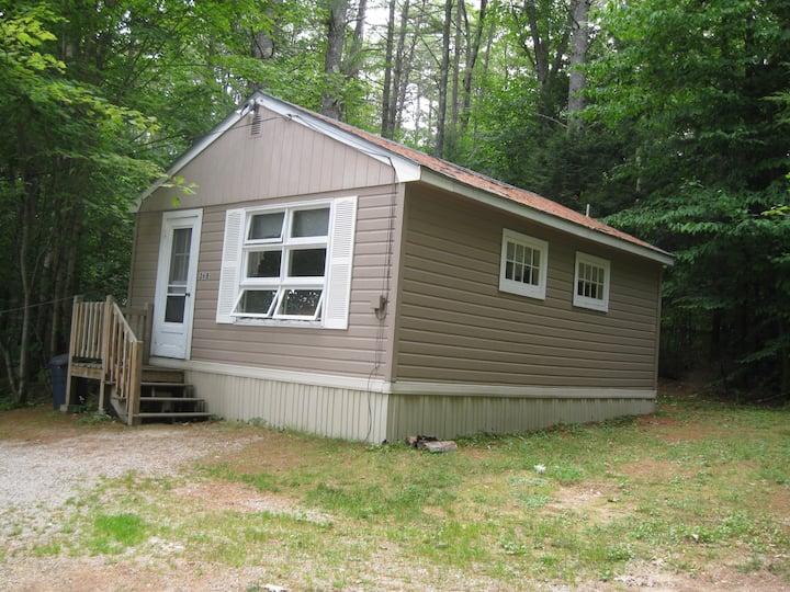 Comfy Cottage on Lake Winnipesaukee NH