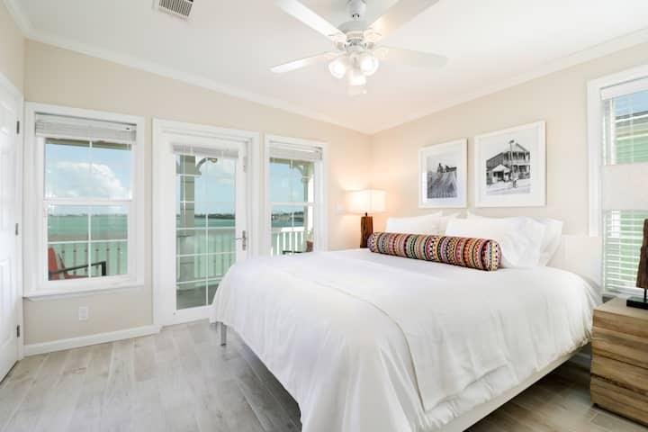 2 Bed / 2.5 Bath TH Ocean Vw- 26 Miles DT Key West