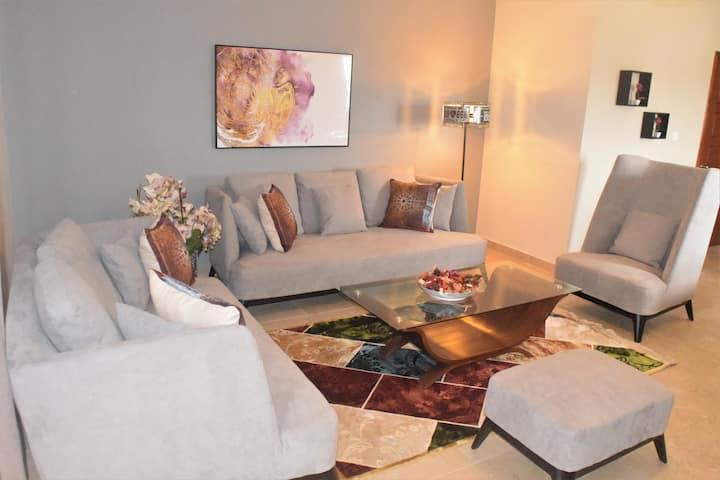 Montecito Apartment 7