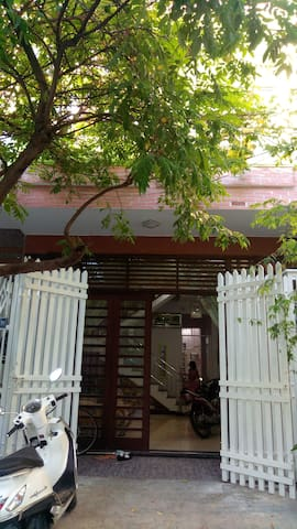 NAFISA PRIVATE HOME (3 Bedrooms)