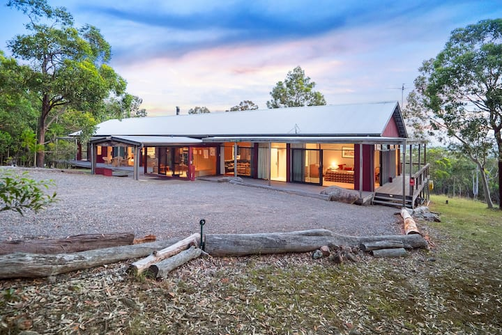 Brumby's Run Lodge - Banjos Bushland Retreat