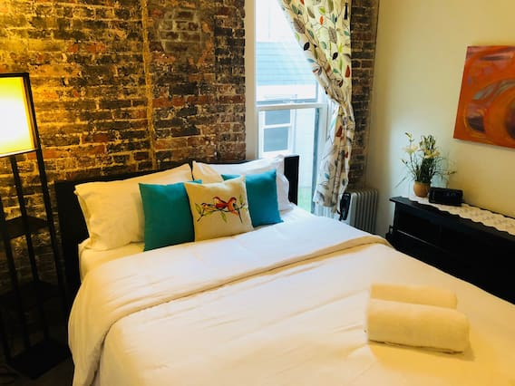Beter Bed Slaapbank Driver.Airbnb Nashville Holiday Rentals Places To Stay Tennessee