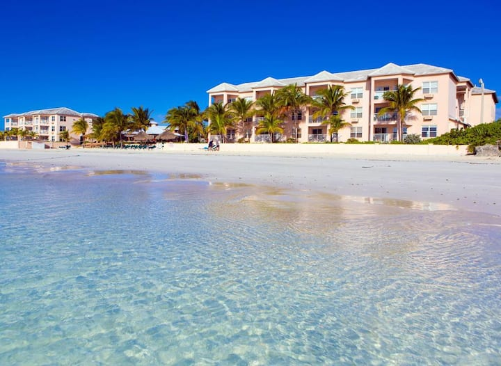 Bahama's 1 Bed Beach Front Resort in Freeport