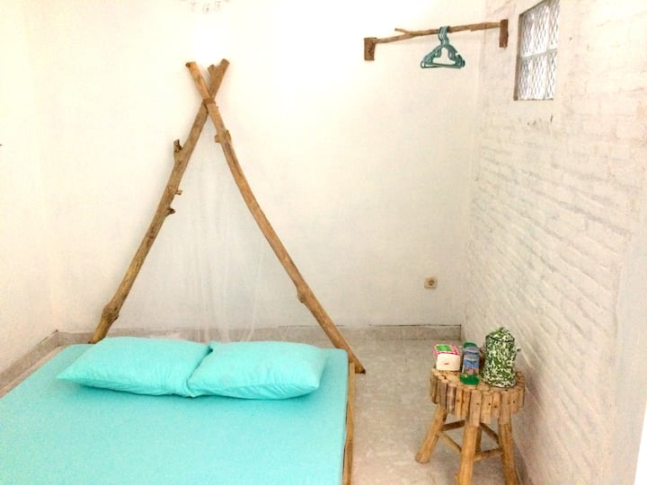 A Private Room in Kraton Circumstances