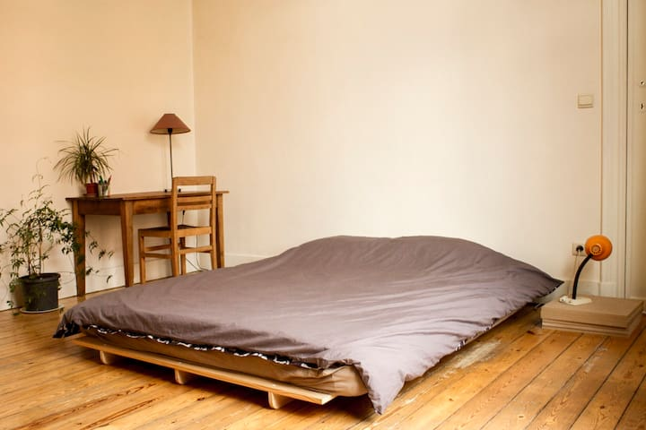 Nice room in Forest Brussels - Forest - Apartamento