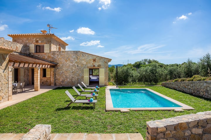 "Stunning Holiday Home ""Can Bosco"" with Mountain View, Garden, Pool, Terraces & Wi-Fi; Parking Available"