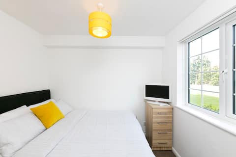 Entire One Bedroom Apartment in Walmley
