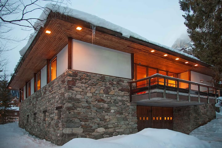 Chalet nelle Dolomiti: architettura d'autore