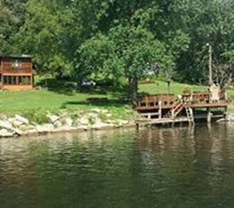 private large home on the New River - Blacksburg - Casa