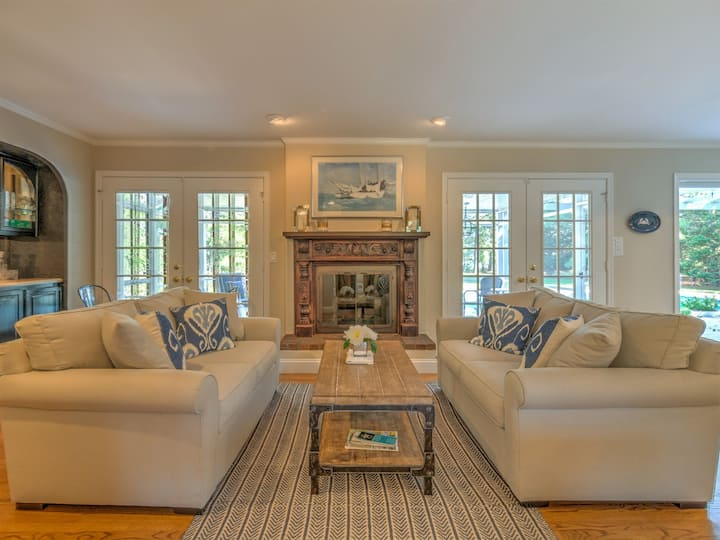 Emily's Lane - Quaint Waterfront Near St. Michaels - Pool, Grill, Game Room!
