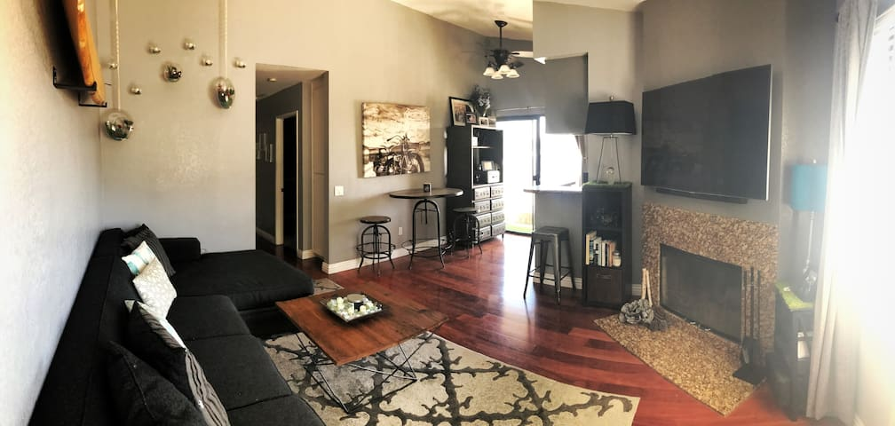 GR8 Bedroom/Bathroom in the Heart of North Park!!!