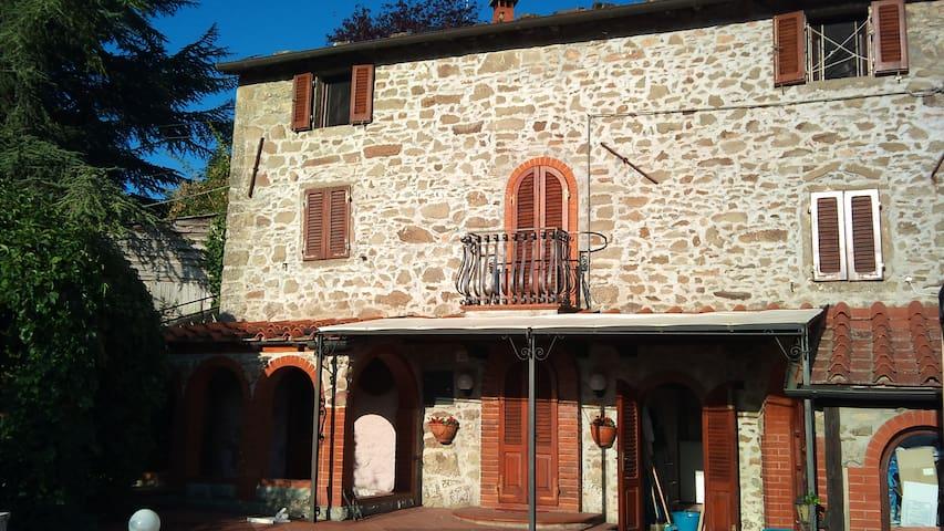 Casa Capriglie - Poppi - Rumah