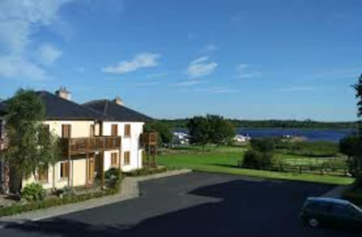 Modern Lakeside Apartment Roscommon