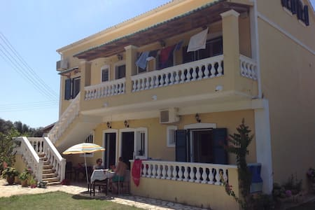 apartment 2 bedrooms aircondition prasoudibeach - Corfou
