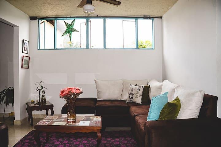 Confortable habitación en Cali - Cali - Apartamento
