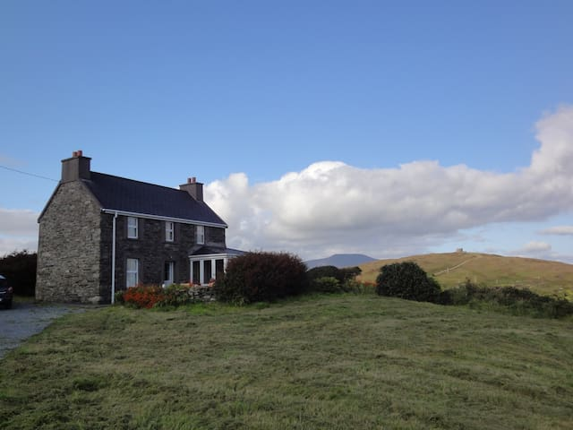 Cottage mit Meerblick - Bere Island - House