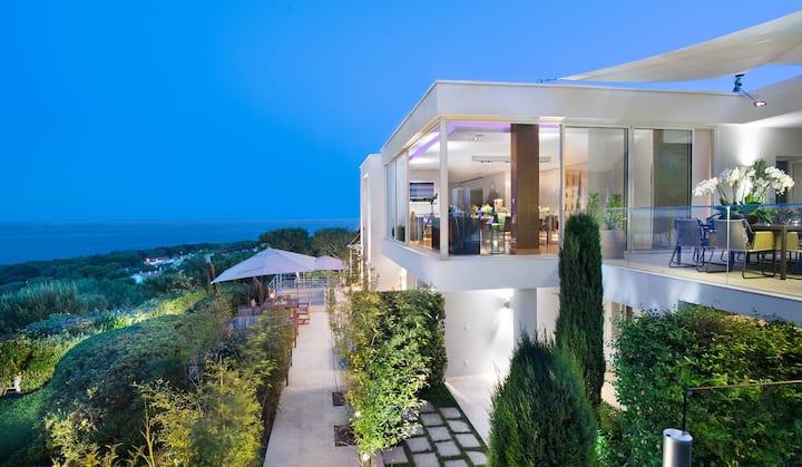 Villa CView