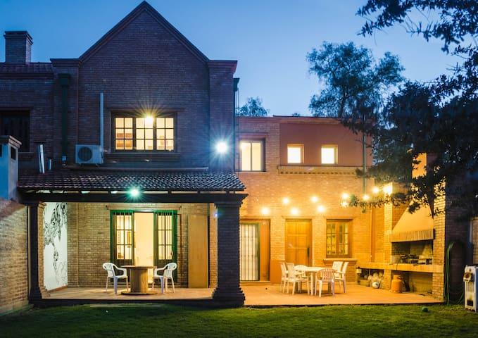 Casa/Habitación en Villa Belgrano