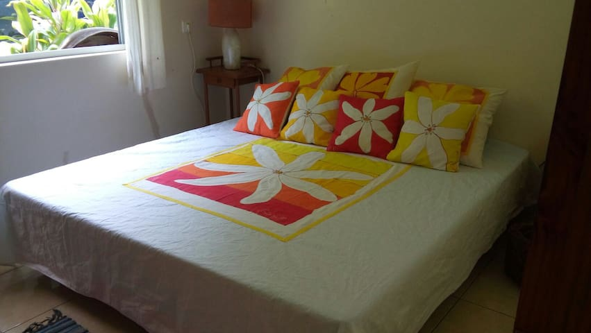 La Maison De LArtisan  Houses For Rent In Parea Huahine French