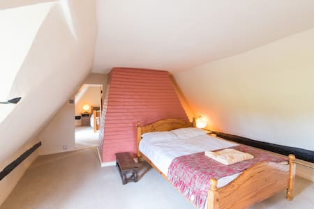 Double Bedroom 2 at Hill House - Witcham