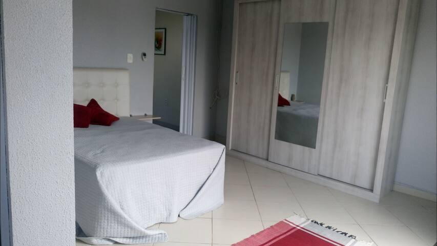 Apartamento Parque Laranjeiras ao lado Torres 303