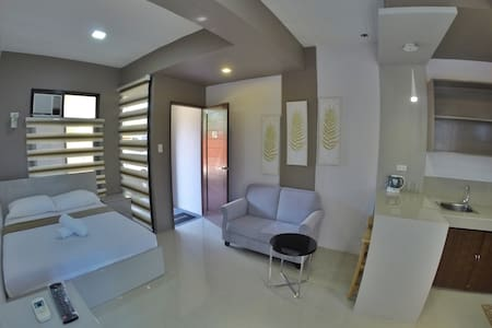 Modern studio unit for travelers and businessmen