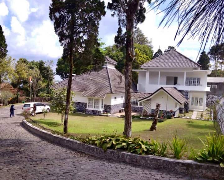 Stay @ Roten kaliurang villa