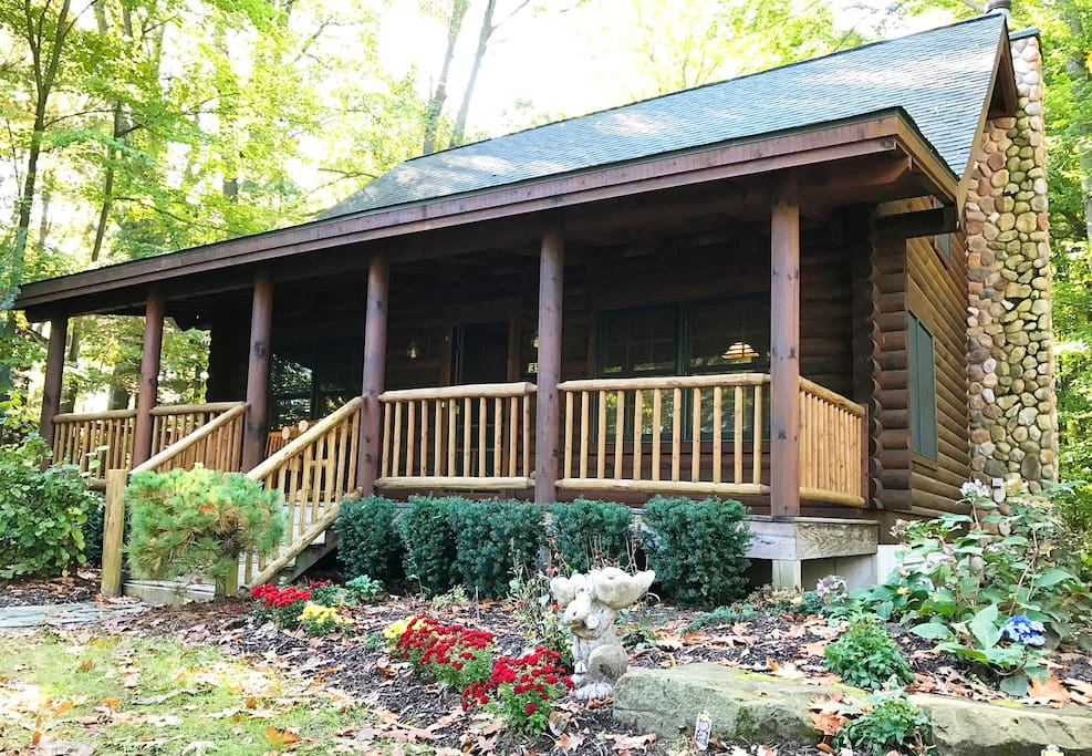 Road runner cabin luxury log cabin cabins for rent in for Michigan romantic cabins