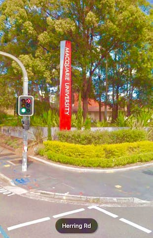 Sydney Student family rooms close to transport