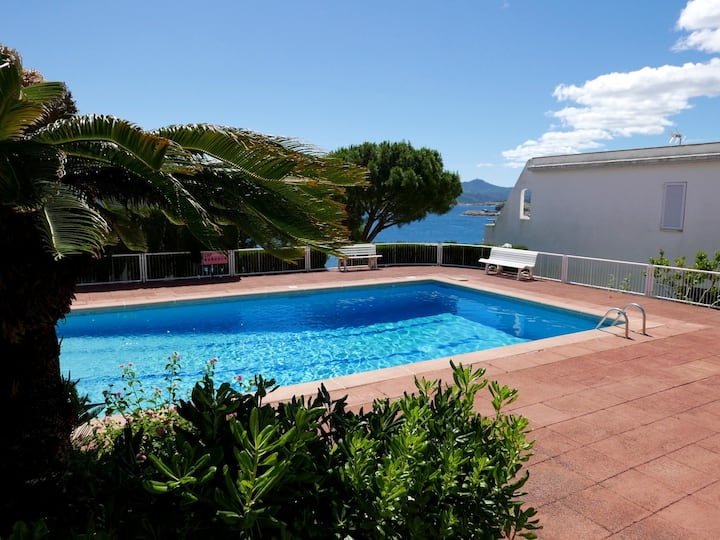 154 Apartment to rent sea views with a communal pool