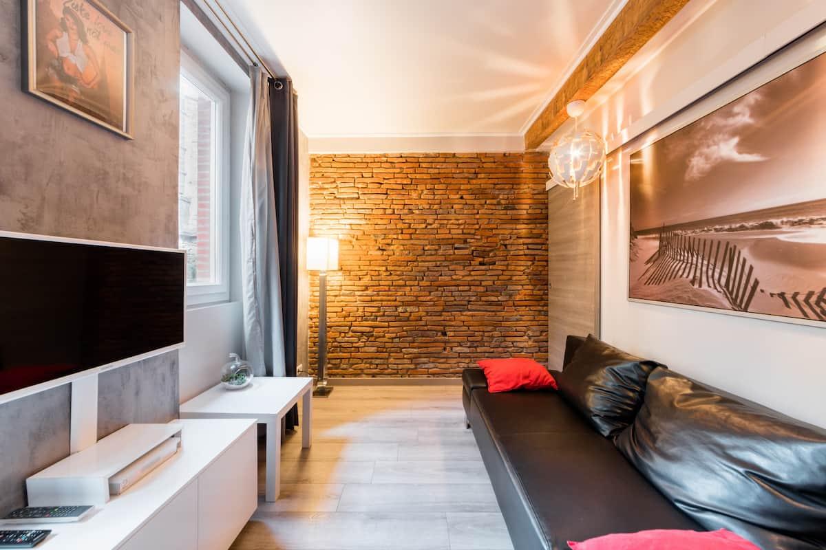 Appartement design avec balnéothérapie, cœur de la Daurade au pied de la Garonne