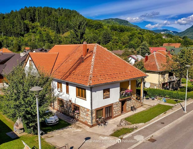 Tango Apartments Kolasin 3, Studio in City Center