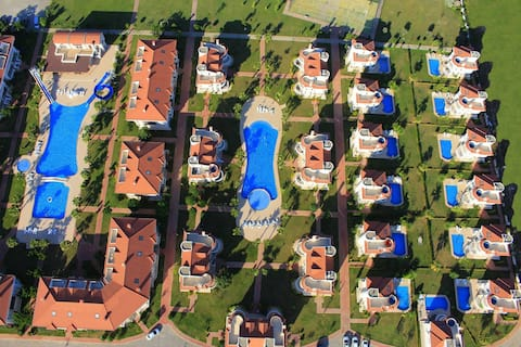 Golf Village Blue Homes Belek (4 Bedroom )