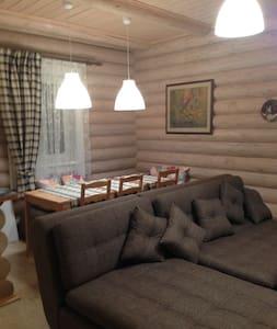Уютный Дом у озера рядом с Пушкинским заповедником - Konoplyushka - Ev