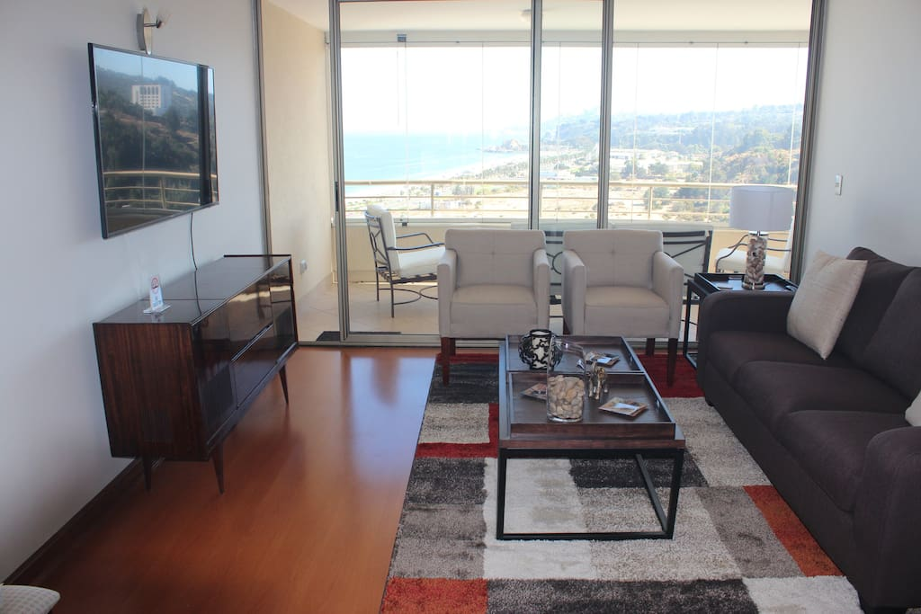 Resort Style Luxury Condo with Inspirational Views by the Sea
