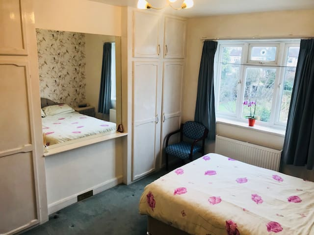 Spacious double room - great value