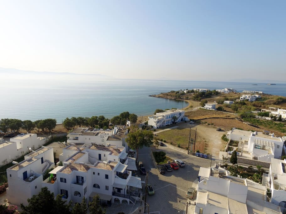 """NOMADS"" resort has 10 exclusively designed rooms in the short distance of 50 meters from the sea of Logara. Along the beautiful beach, you will find ""tavernas"" with traditional greek food, quite lounge bars and a very nice quiet environment"