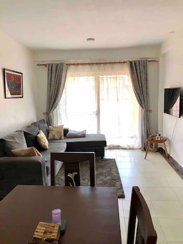 Beautiful quiet apartment in naalya estate