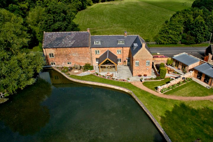 Blacklands Mill House