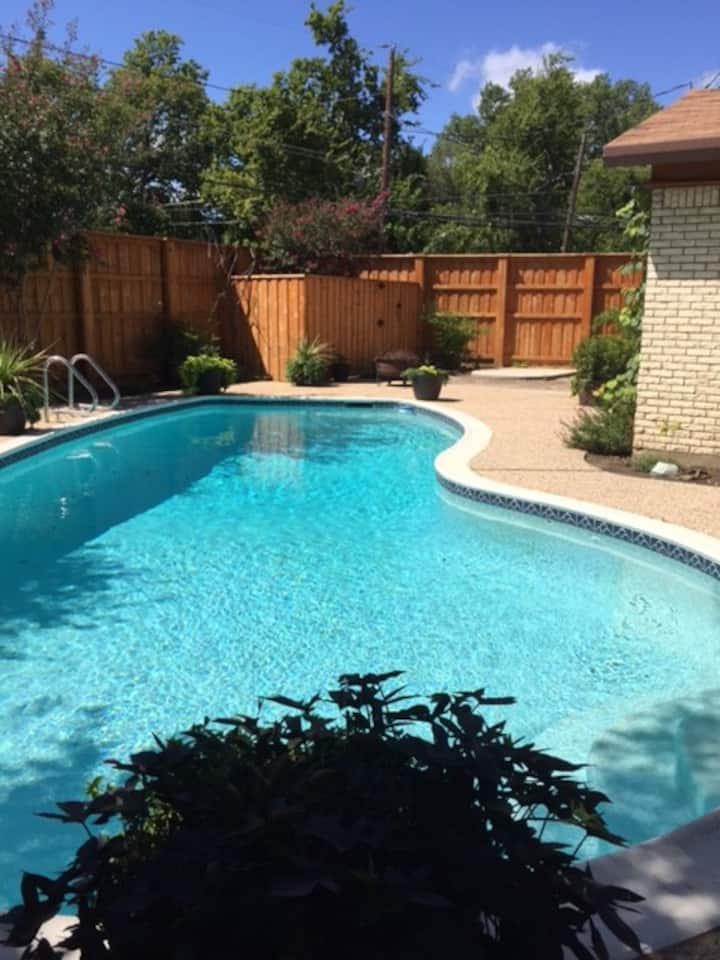 Close to Stock Show & Rodeo!  Luxury Twin Beds!