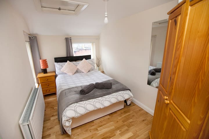 Cosy Modern Flat, 5 min walk to City Center - Londonderry