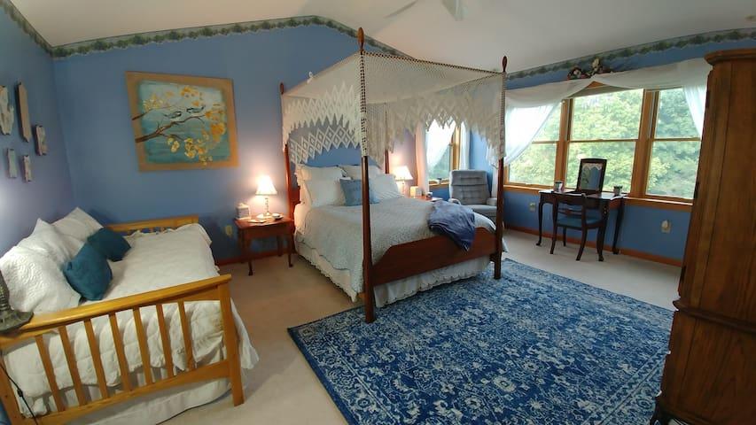 Cooperstown Blue Skies Master Suite