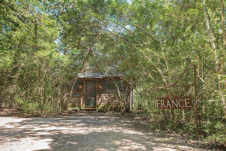 7F Lodge - France