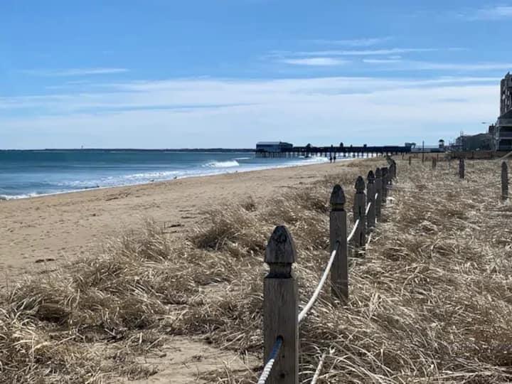 2BR CONDO ACROSS FROM THE BEACH  (108)